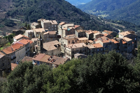 Les villes et villages de Corse